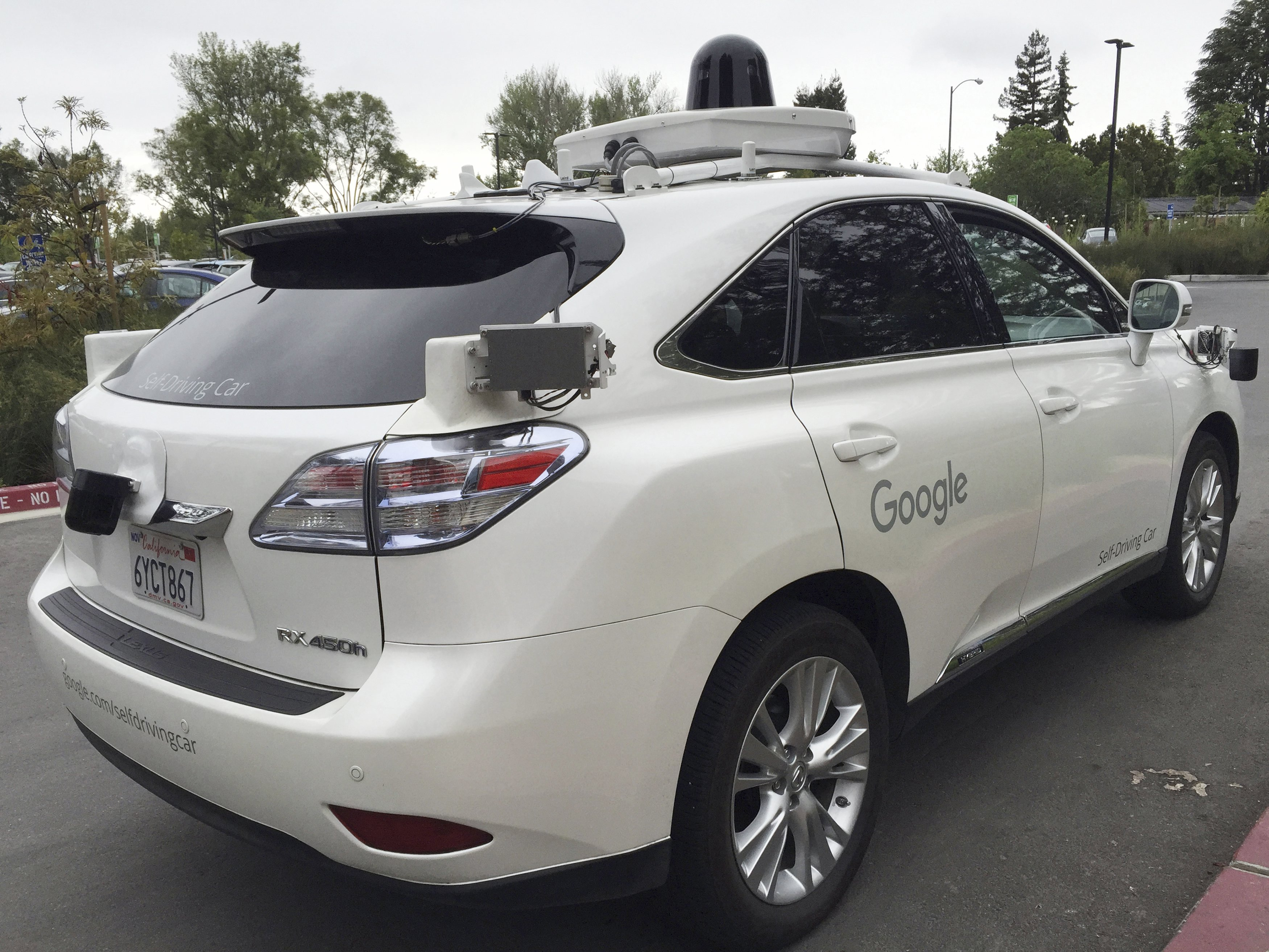 Insurance for self-driving cars    a complex question