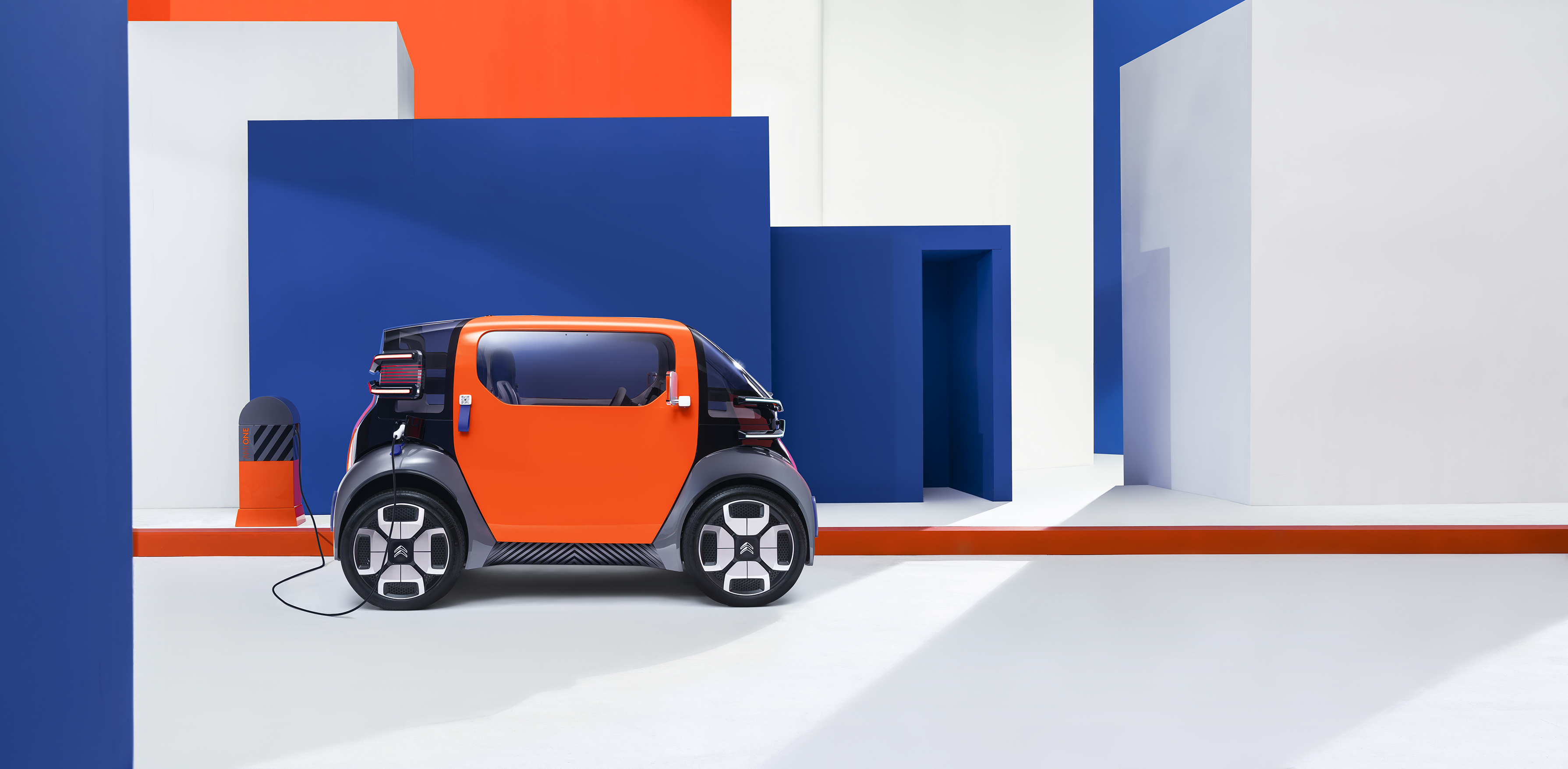 Free2Move Services updates app and Citroën shows Ami One concept