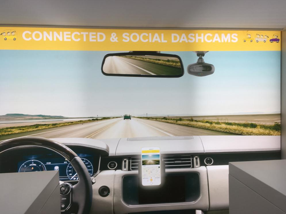 RoadEyes, combining real time dashcam recording with possibility to share information with friends and social media. For a safer community.