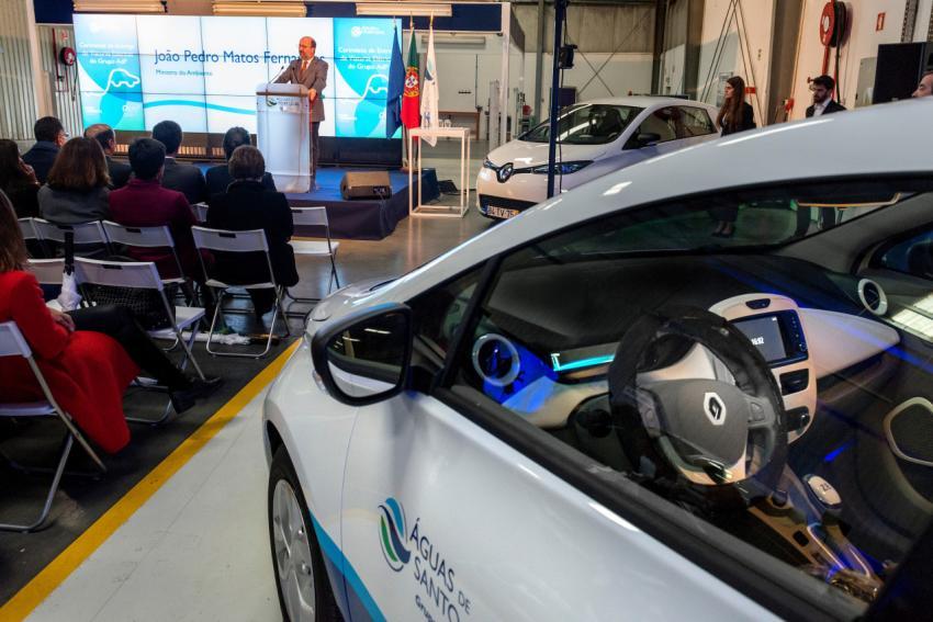 Renault delivers EVs to Portuguese utility company Aguas