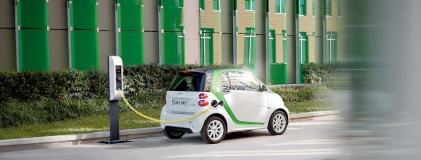 alphabet registers more than 1 000 electric vehicles in france fleet europe. Black Bedroom Furniture Sets. Home Design Ideas