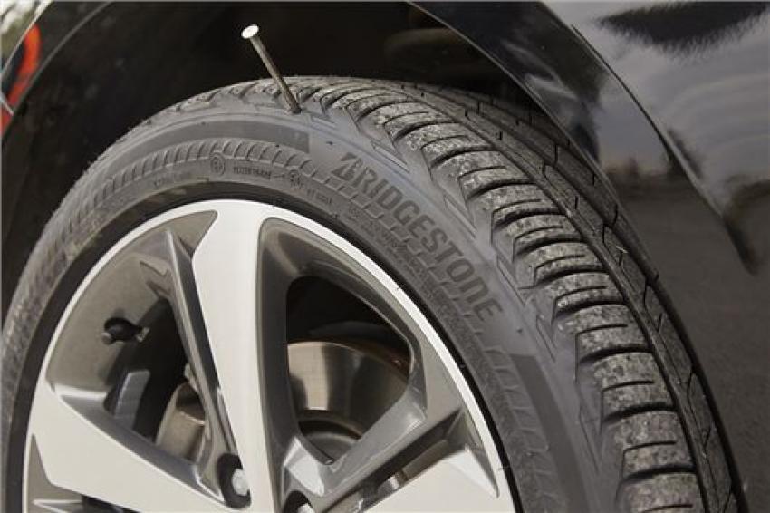 Bridgestone Run Flat >> Bridgestone Launches Universal Run Flat Fleet Europe