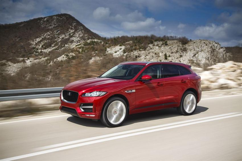 Jaguar F Pace Setting Pace In Upper Suv Segment Waiting On Hybrid