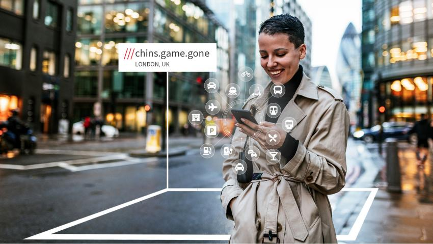 Image depicting a MaaS user in London using what3words to find a location