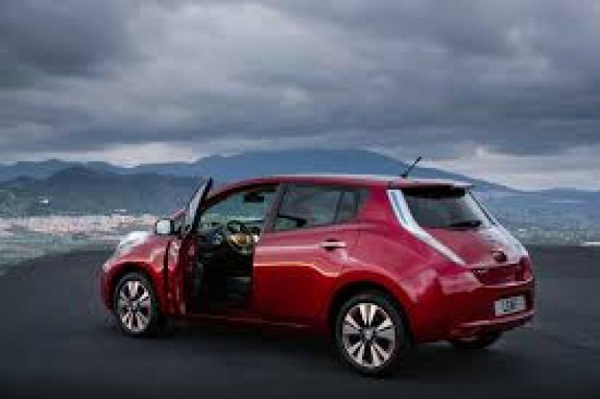 avis denmark has europe 39 s largest electric vehicle fleet fleet europe. Black Bedroom Furniture Sets. Home Design Ideas