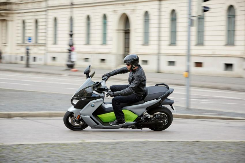 sport scooter term c review gt medium long reviews scooterfile and scooters bmw