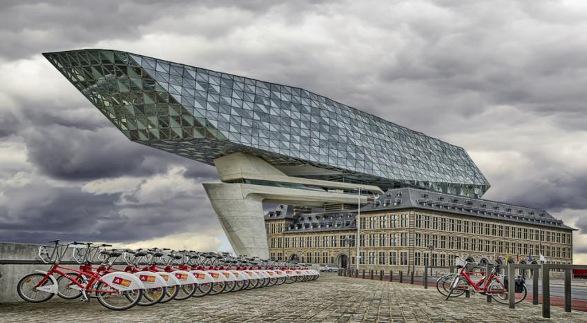 Bike sharing in Antwerp, will be one of the few options of Whim.